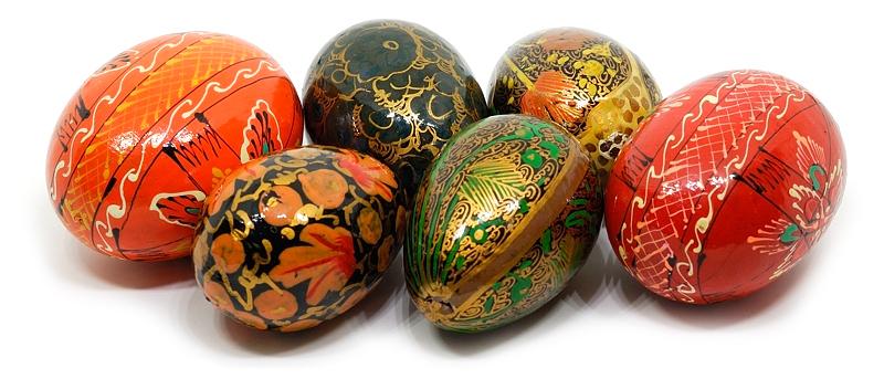Easter Egges after Curves