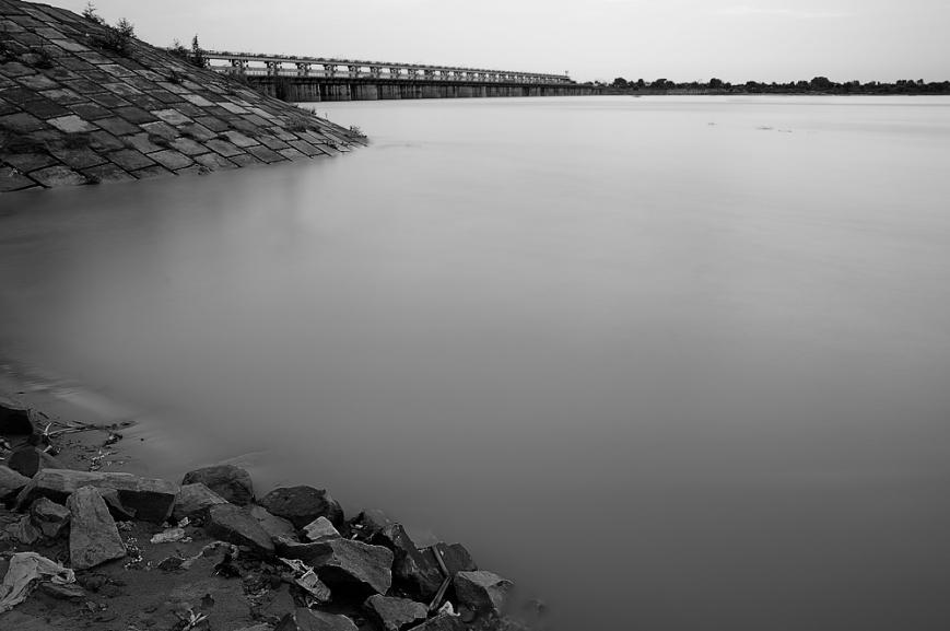 Barrage on Ganges