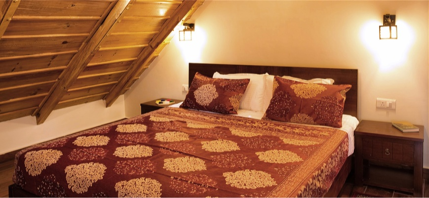 Attic Bedroom at Maini's Hill Cottages